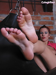 Amusing female foot porn