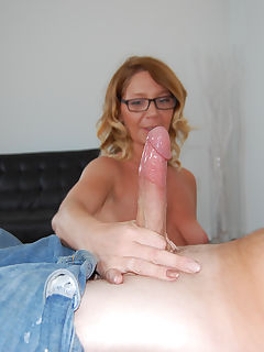 Filthy mature slut loves huge hard cock